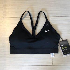Nike sports bra w tags